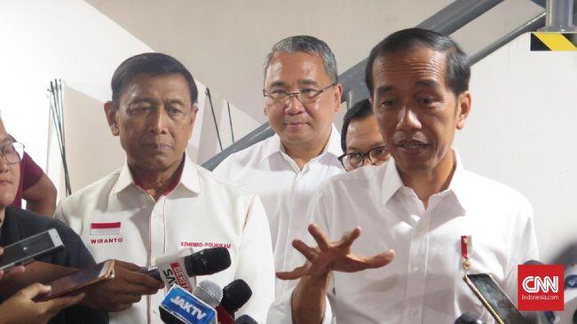 Presiden Jokowi menyatakan bahwa membangun desa berarti membangun Indonesia, sebab desa layaknya negara kecil dengan kepala desa sebagai presidennya.