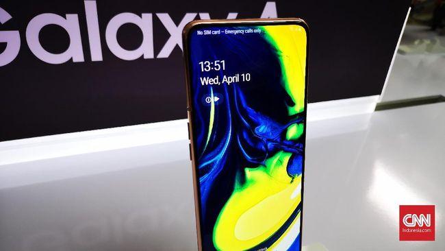Samsung resmi meluncurkan Galaxy A80 yang punya tiga kamera utama dan bisa berputar.
