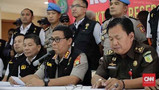 Sembilan orang yang diamankan Satgas Anti Mafia Bola terkait dugaan pengaturan skor pada laga Kalteng Putra vs Persela Lamongan telah dibebaskan.