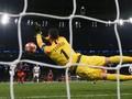 Gagalkan Aguero di Liga Champions, Lloris Ahli Blok Penalti