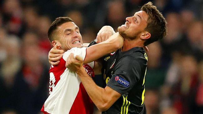 Pertandingan Juventus vs Ajax pada babak perempat final Liga Champions di Stadion Allianz, Rabu (17/4) dini hari, diiringi catatan penting tim dan pemain.