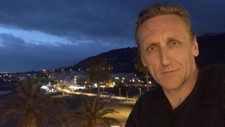 Vladimir Furdik berusia 48 tahun yang lahir di Bratislava, Slovakia pada 1 Juli 1970.
