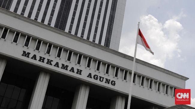MA memangkas vonis koruptor susuk KB, Luanna Wiriawaty, menjadi 3 tahun penjara dengan alasan disparitas pidana dengan terdakwa lain.