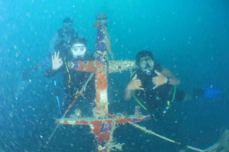 Tim MTMA juga menemukan beberapa benda bekas kapal milik Vietnam.