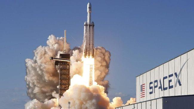 Elon Musk Pamer Foto Prototipe Roket Misi ke Mars