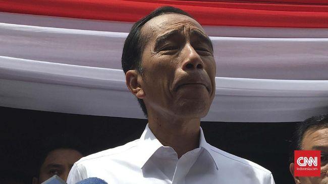 Presiden Jokowi pernah menyarankan Baiq Nuril mengajukan grasi jika merasa belum mendapat keadilan dari PK yang diajukan ke MA.