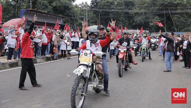 Cerita Wali Kota Semarang Naik Motor Trail ke Kampanye Jokowi