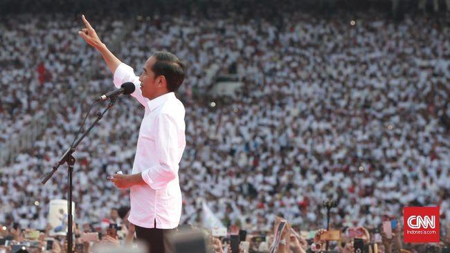 Di hadapan massa yang memenuhi Stadion Utama Gelora Bung Karno, Jakarta, capres nomor urut 01 Joko Widodo menegaskan Indonesia tidak akan bubar.