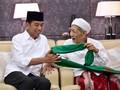 Jokowi: Mbah Moen Kiai Karismatik, Gigih Jaga NKRI