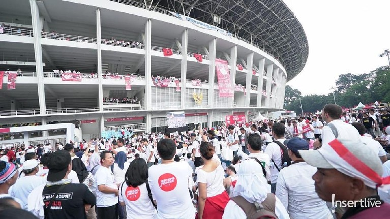 Konser Putih Bersatu adalah kampanye akbar dari pasangan calon presiden dan wakil presiden Jokowi-Ma'ruf Amin.