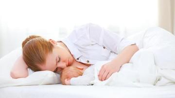 4 Cara Mudah Mengatasi Mastitis yang Bikin Bunda Meriang