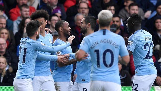 Jadwal siaran langsung Manchester United vs Manchester City pada pekan ke-35 Liga Inggris di Stadion Old Trafford akan digelar Kamis (25/4) dini hari WIB.