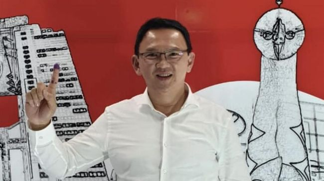 Ketua Panitia Pemilihan Luar Negeri (PPLN) Osaka Anung Wibowo menjelaskan situasi panas saat Ahok merasa dihalang-halangi mencoblos di sana pada 14 April 2019.