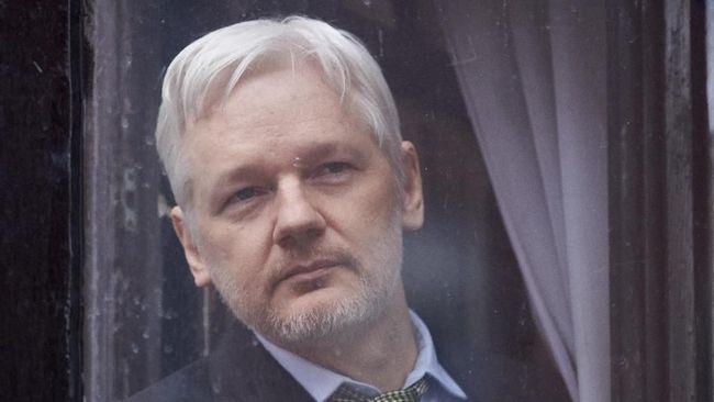 Pendiri WikiLeaks, Julian Assange, dilaporkan mengalami depresi berat dan rentan melakukan bunuh diri selama ditahan di penjara di Inggris.