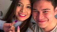 "<p>Sejak menikah, Acha diboyong suami pindah ke Sydney, Australia. Pada tanggal 14 Maret 2019 kemarin, Acha dan suami mencoblos di Marrickvile Sydney. Keduanya memamerkan jari yang sudah tercelup tinta <a href=""https://news.detik.com/berita/d-4510600/85-wni-di-lebanon-nyoblos-pemilu-2019"" target=""_blank"">pemilu</a>. (Foto: Instagram @septriasaacha)</p>"