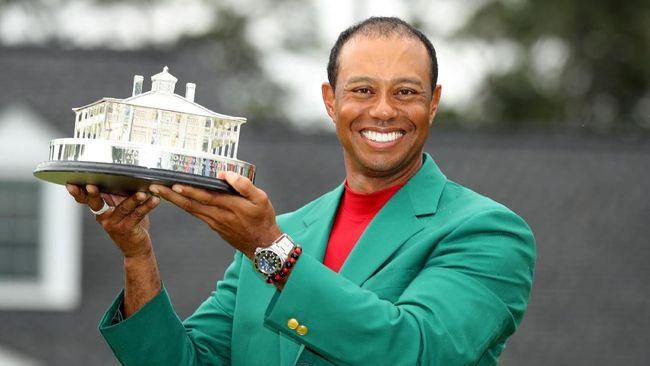 Tiger Woods berhasil menjadi juara turnamen golf Masters Tournament yang berlangsung di Augusta, Georgia, Amerika Serikat, Minggu (14/4).