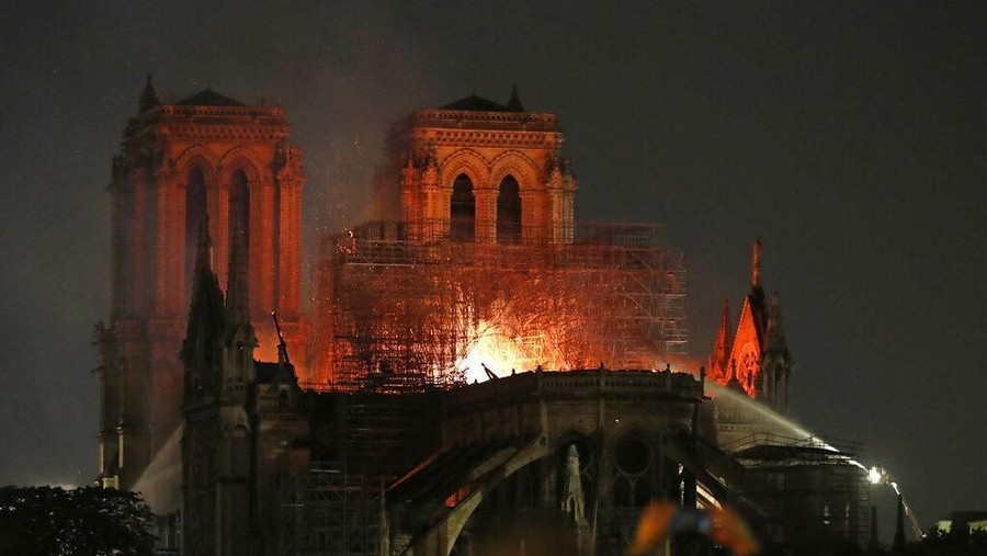 Notre Dame Dipuji Sebagai Monumen Peradaban Terbaik