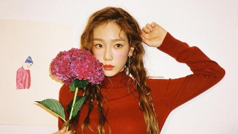 Taeyon. Salah satu personel SNSD ini berada diurutan kedelapan idola Korea yang memiliki follower Instagram terbanyak. Hingga kini perempuan 30 tahun itu memiliki lebih dari 13,2 juta.