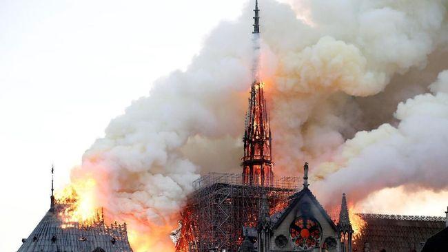 Gereja Notre-Dame Paris, Saksi Bisu Konflik Dunia