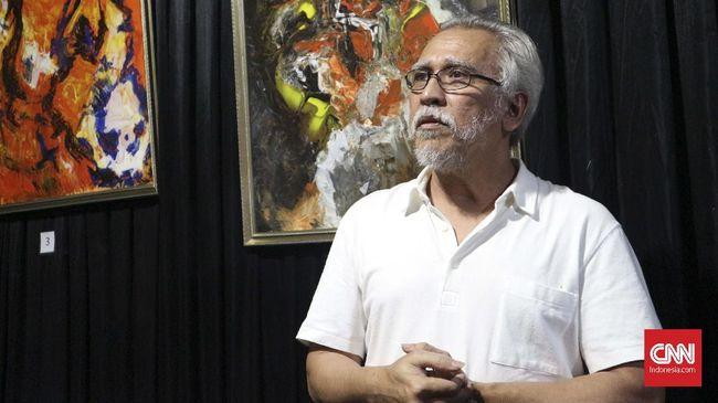 Musisi kawakan, Iwan Fals, mengomentari video berisi lagu bermuatan kritik terhadap Presiden Joko Widodo yang dianggap melanggar protkes saat pandemi Covid-19.