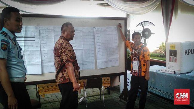Hasil perhitungan Pilpres 2019 di Rutan Kelas I Surabaya, Medaeng, tempat Ahmad Dhani Prasetyo mendekam, ternyata memenangkan pasangan Joko Widodo-Ma'ruf Amin.
