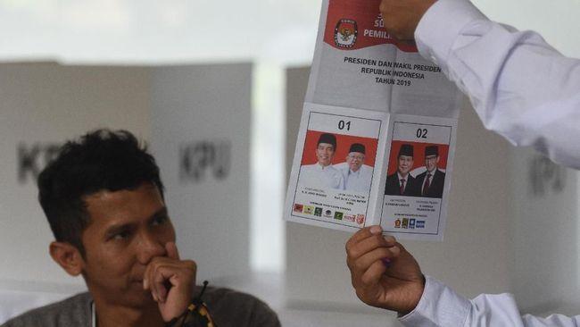 Menurut saksi dari kubu paslon nomor urut 02 Prabowo Subianto - Sandiaga Uno ada ketidakcocokan data pemilih terdaftar.