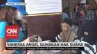 Kenakan Topi & Masker, Vanessa Angel Nyoblos di Rutan Medaeng