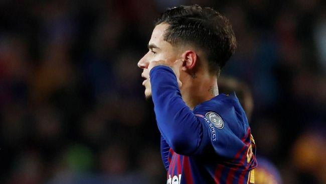 Rivaldo menilai Philippe Coutinho tampil buruk di Barcelona karena ia pemalu dan tak benar-benar menunjukkan karakter sebenarnya.