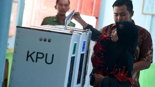 Sekjen PDIP Hasto Kristiyanto menyebut pilihan parpol untuk memunculkan calon tunggal pada pilkada bukan racun, tapi merupakan bagian dari demokrasi.