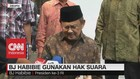 BJ Habibie Gunakan Hak Suara di Jakarta