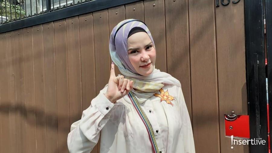 Jadi Caleg di Jawa Barat, Angel Lelga Nyoblos di Jakarta