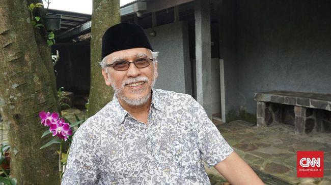 Musisi Iwan Fals tak ketinggalan mengomentari pertemuan atau rekonsiliasi yang dilakukan oleh Jokowi dan Prabowo.