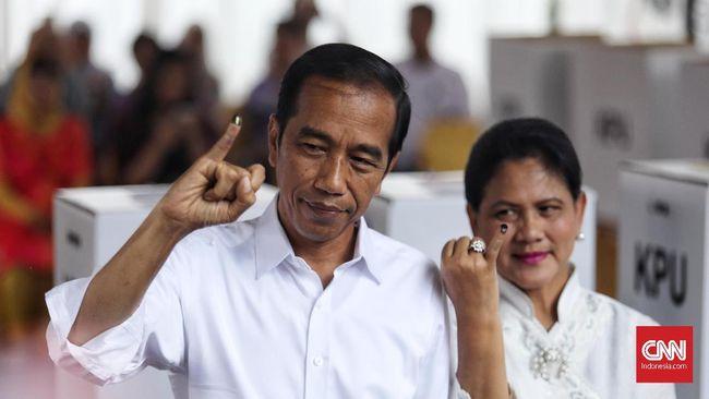Dari 61 persen data masuk di real count KPU, per Kamis (2/5), Jokowi-Ma'ruf Amin meraih 52.383.933 suara, Prabowo-Sandi 41.034.239 suara.