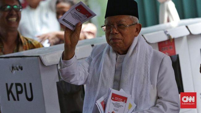 Cawapres 01 Ma'ruf Amin menyebut aparat keamanan yang bisa menilai acara sujud syukur pendukung Prabowo-Sandi di Monas menimbulkan kegaduhan atau tidak.