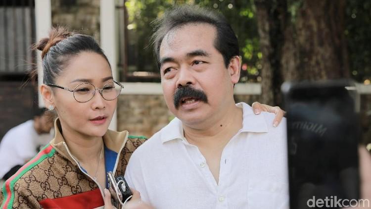 Akibat tagihan game online anaknya sampai Rp65 juta, Inul Daratista dan suami sampai pisah ranjang.