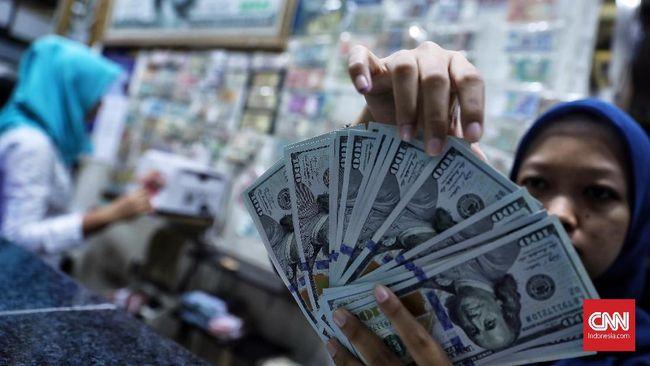 Nilai tukar rupiah berada di level Rp14.148 per dolar AS pada akhir pekan ini, menguat 0,05 persen dibandingkan Kamis (17/10).