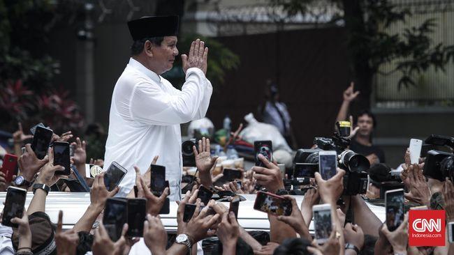 Amien Rais dinilai membajak 'people power' yang tak lahir dari krisis namun hasrat untuk memenangkan pasangan Prabowo-Sandi.