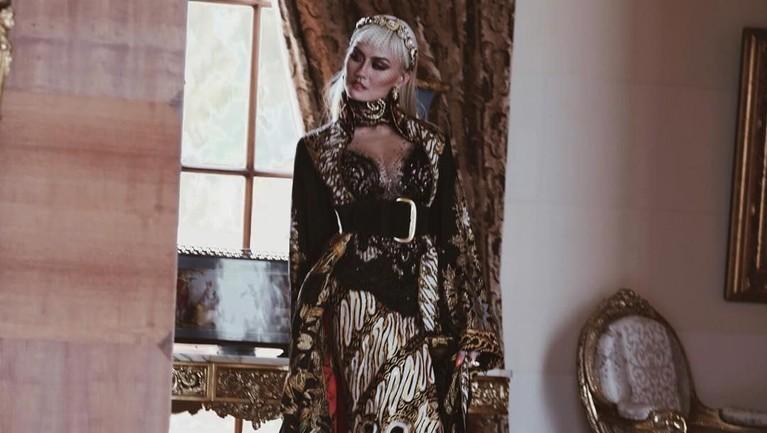 Agnez Mo bangga membawa budaya Indonesia ke dunia internasional.