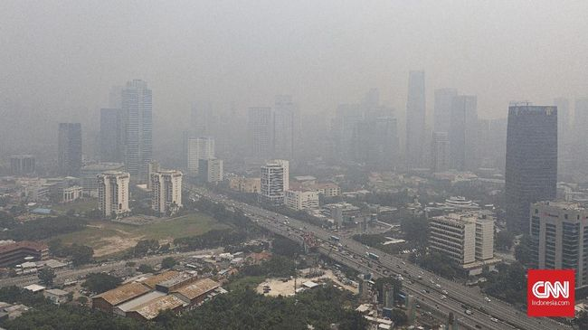 Jakarta sempat menjadi juara sebagai kota dengan kualitas terburuk di dunia pada Selasa (4/6), dengan angka 210 US AQI.