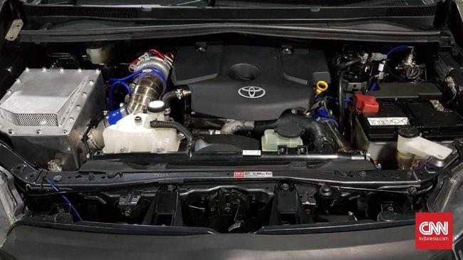 Seputar masalah kipas pendingin mesin mobil yang macet atau tidak mau berputar.