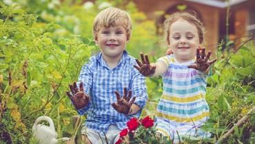 5 Cara Membuat Anak Mencintai Lingkungan di Hari Bumi