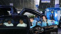 Naik Mobil Listrik Tesla Punya Bluebird, Berapa Tarifnya?