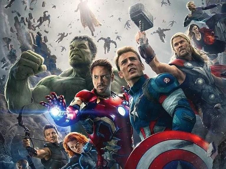 Avengers: Age of Ultron. Menampilkan personel lengkap dari Avengers, tak heran jika film ini berhasil menarik simpati banyak pecinta film. Avengers: Age of Ultron mendapatkan pendapatan hingga Rp19,7 triliun.