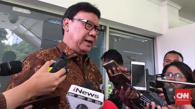 Mendagri Tjahjo Kumolo menilai sikap Wali Kota Tangerang Arief Wismansyah tak etis karena ancam memutus fasilitas publik buntut perseteruan dengan Menkumham.