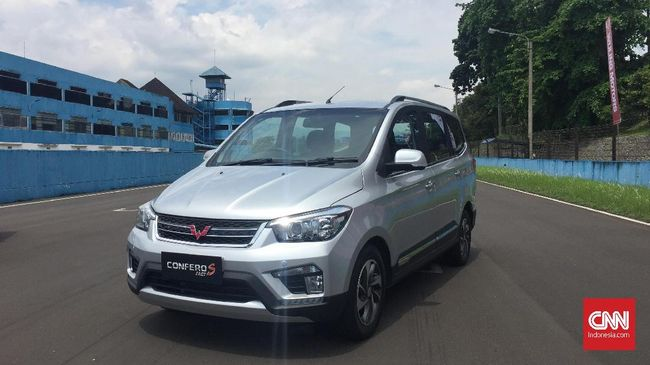 Wuling Confero S adalah satu-satunya mobil China yang masuk dalam daftar 21 mobil baru Kemenperin.