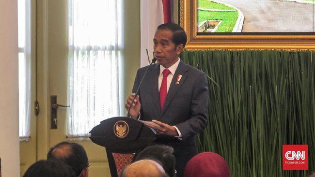 Presiden Joko Widodo meminta jajarannya berpikir jangka panjang dan visioner dalam merencanakan pemindahan ibu kota dalam menyongsong persaingan global.