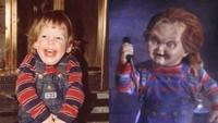 Gaya Pratt kecil ternyata mirip dengan boneka Chucky yang menyeramkan, Bun. Untungnya ekspresi keduanya berbeda ya. Hi-hi-hi. (Foto: Instagram @prattprattpratt)