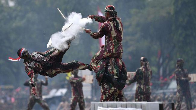 Imparsial meminta pemerintah dan DPR membuka ruang partisipasi publik dalam pembahasan Perpres tentang pelibatan TNI dalam penanganan aksi terorisme.