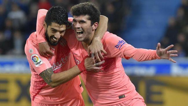 Barcelona selangkah lagi memastikan gelar juara La Liga Spanyol 2018/2019 usai menang atas Deportivo Alaves 2-0 pada laga pekan ke-34.