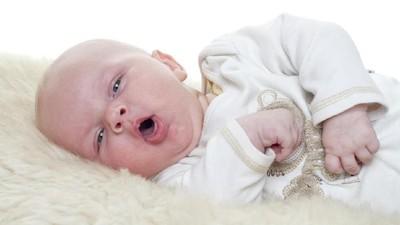 Cara Mengeluarkan Dahak pada Bayi Usia 0 - 1 Tahun
